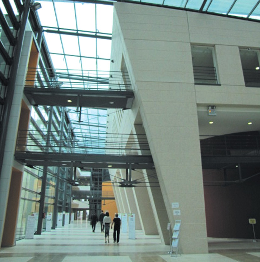 D'un montant total de 190 millions d'euros, le chantier du nouveau CHR de Metz-Thionville a fait appel, selon Pertuy Construction, à plus d'une centaine d'entreprises sous-traitantes dont une quarantaine de la région.