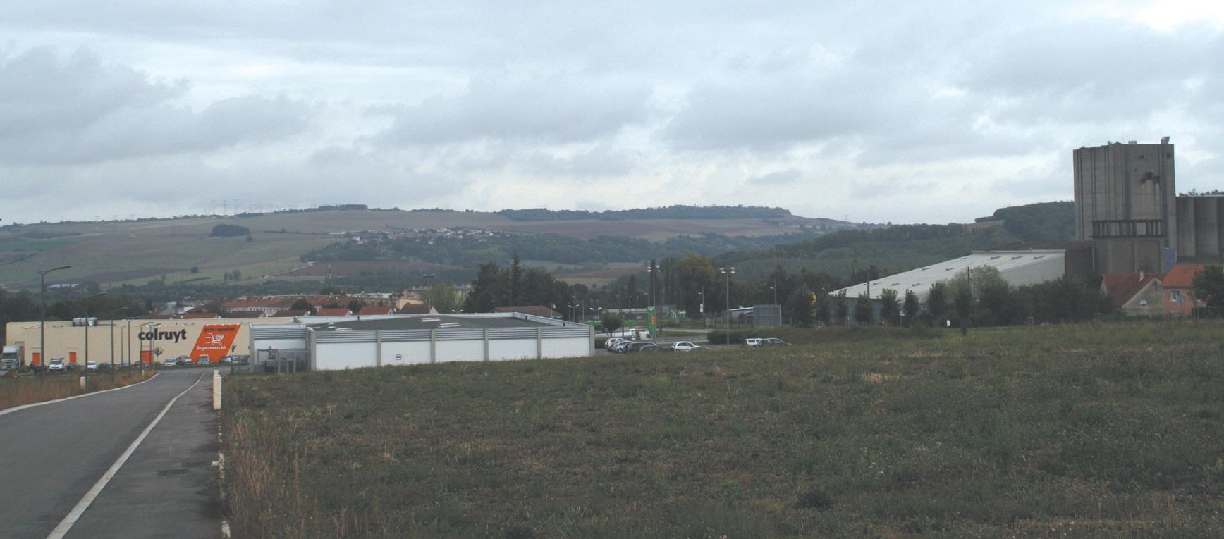 La Zone d'activités de la Ferrière à Dieulouard est aujourd'hui opérationnelle. Les quelque 55 000 m² de parcelles sont entièrement viabilisés.