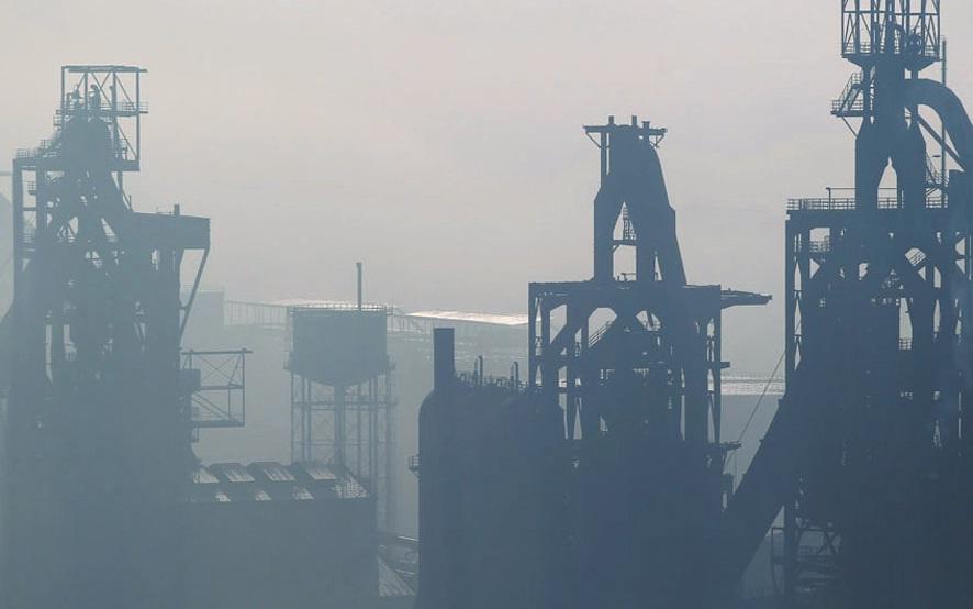 Le gouvernement a jusqu'au 1er décembre pour retrouver une repreneur de la filière liquide d'ArcelorMittal à Florange. Une vingtaine de repreneurs potentiels seraient dans le viseur de l'Etat.
