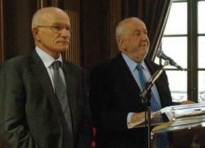 André Rossinot et Dominique Gros, le maire de Metz, lors du coup d'envoi des 40èmes Journées des Communautés Urbaines de France qui se sont tenues les 15 et 16 novembre derniers à Nancy.