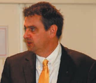 «La reprise de nos agences est indispensable pour préserver notre maillage territorial», assure Olivier Pastwa, manager régional Organisation et Finances de la direction régionale de Renault.