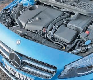 Côté moteur, en essence le 115 ch 230 Nm offre de bonnes performances avec une consommation à la baisse et 127g CO2/km.