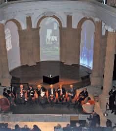 La société travaille également pour les Monuments Historiques et a participé à la restauration de la chapelle du Château de Lunéville.