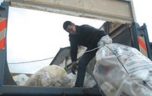 Le 15 mai, les agriculteurs étaient appelés à venir déposer leurs plastiques usagés à la coopérative agricole de Dommartin- sous-Amance.