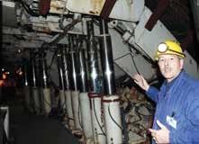 Des soutènements hydrauliques empêchaient les galeries de s'effondrer après l'extraction du charbon.