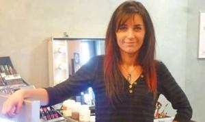Marjorie Hernandez, coiffeuse, visagiste et maquilleuse allie passion et professionnalisme.