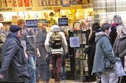 Comme ici devant le Hall du Livre à Nancy, les Maisons de la Presse ont été prises d'assaut le 14 janvier lors de la sortie de Charlie Hebdo.