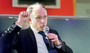 C'est un Yves Thréard, directeur adjoint de la rédaction du Figaro, combatif et revendicatif du monde de l'entreprise qui s'est exprimé sur le thème «Réinventer l'espoir». Aide-toi et le SEL t'aidera…