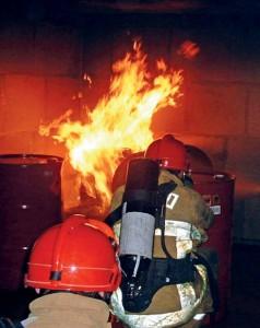 Le centre de Liverdun dispose de 2 000 m² de locaux pour des simulations d'incendie plus vraies que nature.