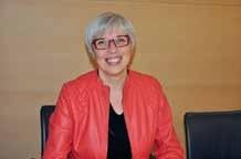 Christine Perry accompagne les entreprises dans leur processus de développement des compétences managériales.