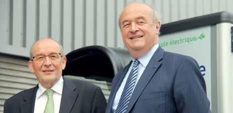 François Roguet, directeur Services Courrier-Colis de Lorraine et Jacques Perrier, le délégué régional du groupe en Lorraine.