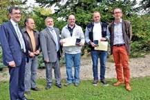 Romuald et Johann Lefort d'Eska- Derichebourg Environnement viennent d'être distingués par la Carsat Nord-Est.