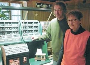 Henry et Sylvie Bart au coeur de leur univers créatif.