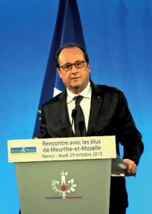 «La réforme, ce n'est pas changer pour changer mais permettre à la France d'avancer», a assuré François Hollande au Conseil départemental de Meurthe-et-Moselle le 29 octobre.