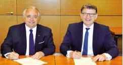 Patrick Gruau (pdg de Gruau) et Reinhold Braun (codirigeant de Sortimo) ont signé leur accord de partenariat au début de l'année.