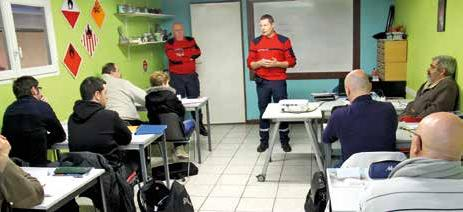 Une dizaine de stagiaires suivent une formation gratuite pour obtenir le CQP d'agent de prévention et de sécurité dans les locaux du CFSI de Liverdun.